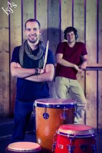 DJ met percussionist boeken visual 2