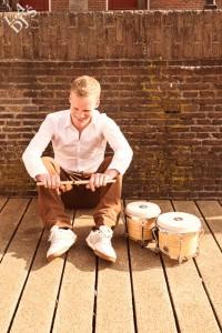 DJ met percussionist boeken visual 1