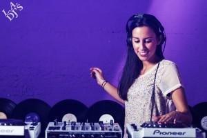 DJ voor bedrijfsfeest boeken visual 1
